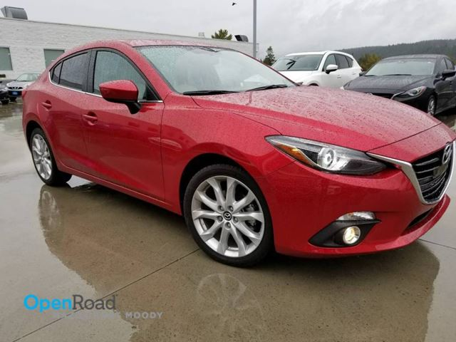 2015 MAZDA MAZDA3 GT LUXURY PACKAGE - Leather - Navigation - No A in Port Moody, British Columbia