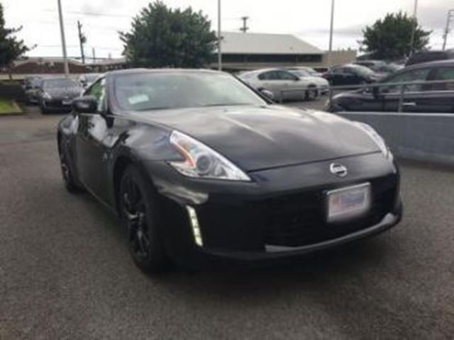 2017 NISSAN 370Z STANDARD 3.7L V6 332HP 6 SPEED MANUAL in Mississauga, Ontario