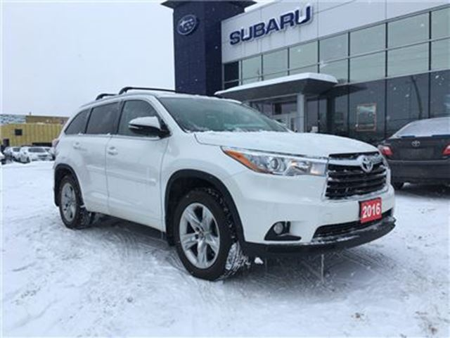 2016 TOYOTA HIGHLANDER Limited $299 bi-weekly tax included* in Kingston, Ontario