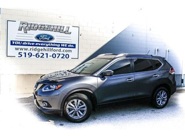 2016 NISSAN ROGUE SV in Cambridge, Ontario