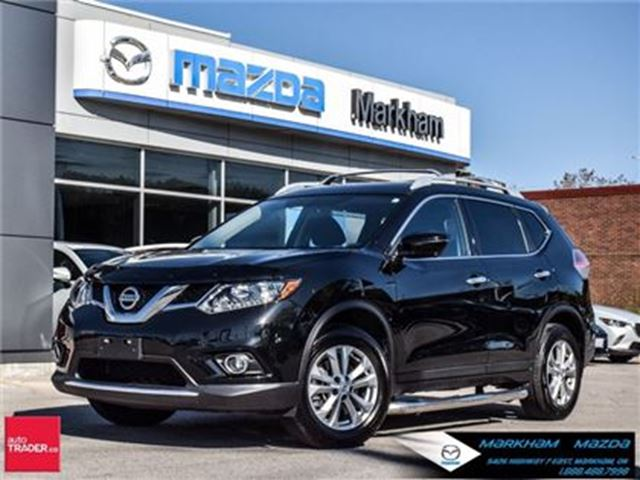 2016 NISSAN ROGUE SV ACCIDENT FREE 7 SETAERS PANO ROOF in Markham, Ontario