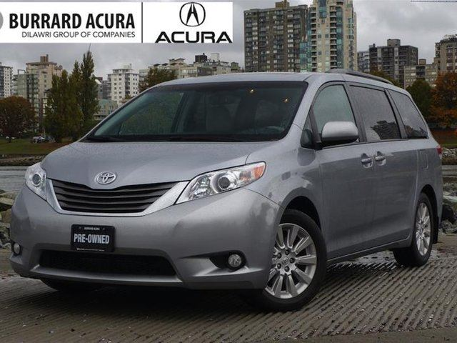2014 TOYOTA SIENNA XLE 7-pass V6 6A in Vancouver, British Columbia