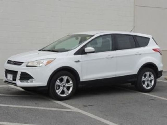 2016 FORD ESCAPE 4WD 4dr SE in Mississauga, Ontario