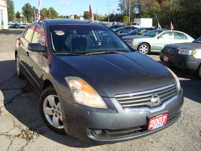 2007 NISSAN ALTIMA 2.5 S Rust Free One Owner in Cambridge, Ontario