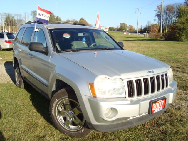 2007 JEEP GRAND CHEROKEE Laredo Leather Sunroof in Cambridge, Ontario
