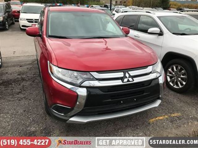 2016 MITSUBISHI OUTLANDER ES   AWD   HEATED SEATS   ONE OWNER in London, Ontario