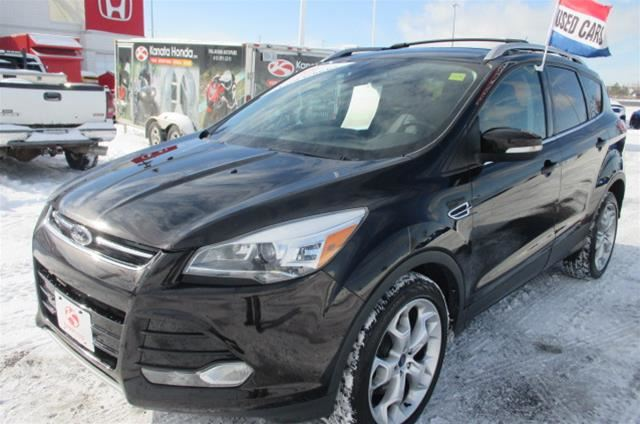 2013 Ford Escape Titanium 4WD in Kanata, Ontario