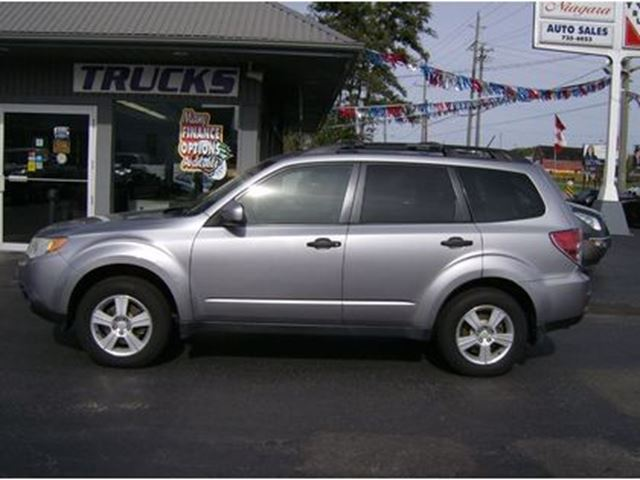 2010 SUBARU FORESTER SHARP LITTLE 4X4 !! FUN TO DRIVE !!! in Welland, Ontario