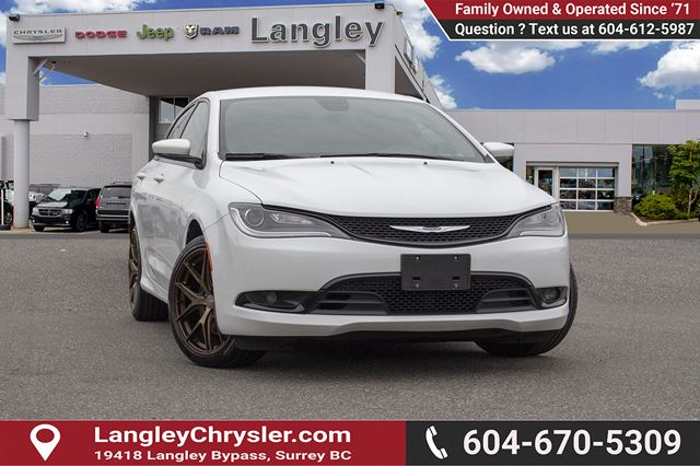 2016 CHRYSLER 200 S *ACCIDENT FREE*ONE OWNER*LOCAL BC CAR* in Surrey, British Columbia