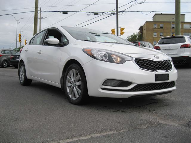 2014 KIA FORTE 1.8L LX+ in North Bay, Ontario