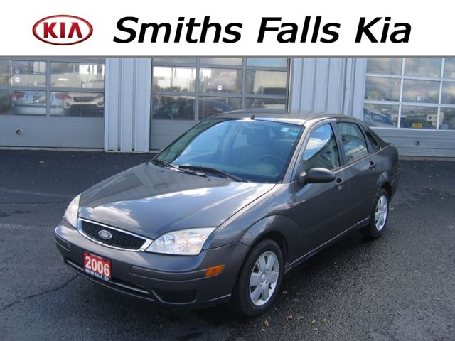 2006 FORD FOCUS SE ZX4 in Smiths Falls, Ontario