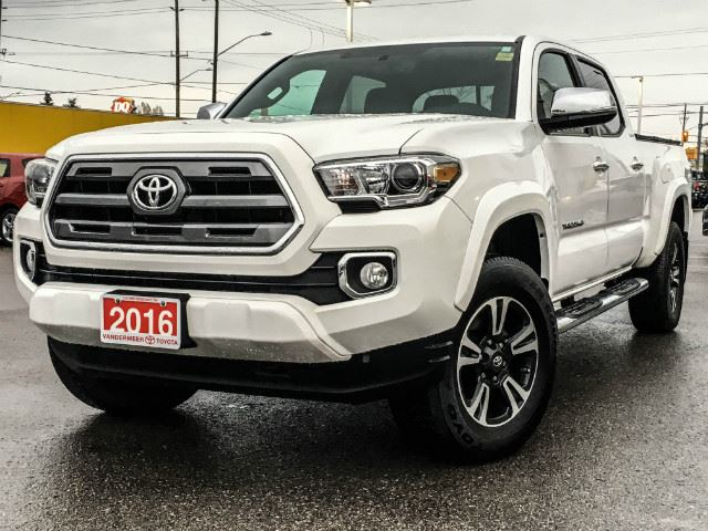 2017 toyota tacoma dbl cab trd sport demo cobourg ontario car for sale 2681240. Black Bedroom Furniture Sets. Home Design Ideas