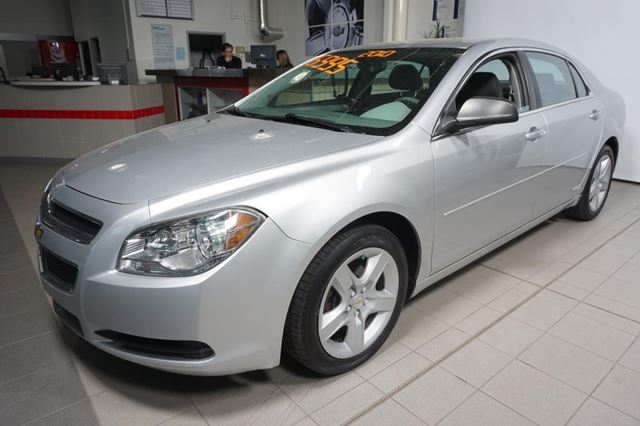 2010 CHEVROLET Malibu LS in Montreal, Quebec