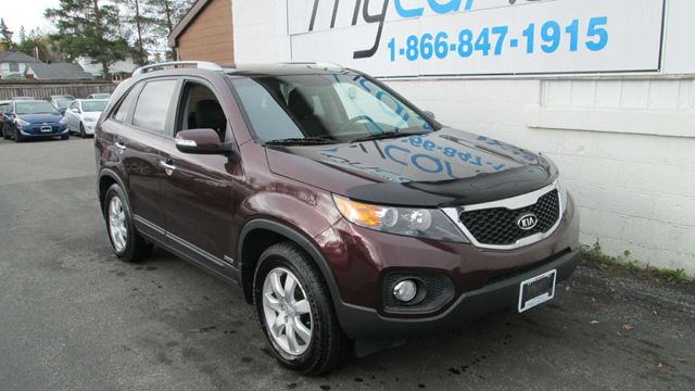 2012 KIA SORENTO LX V6 in Kingston, Ontario