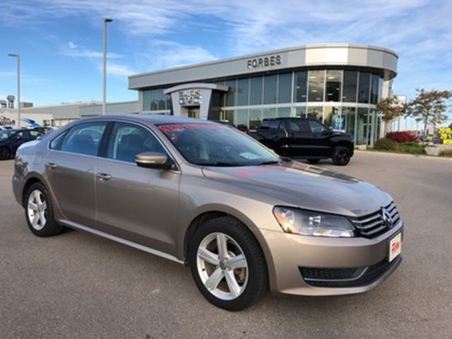 2015 VOLKSWAGEN PASSAT 1.8 TSI, SUNROOF, BONDED LEATHER in Waterloo, Ontario