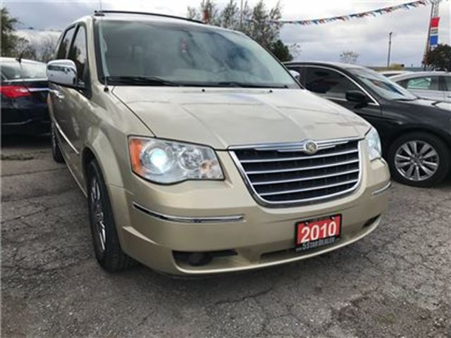 2010 CHRYSLER TOWN AND COUNTRY Limited   NAV   LHR   CAM   STOW-N-GO in London, Ontario