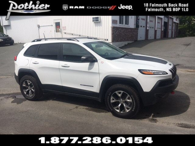 2017 Jeep Cherokee Trailhawk  LEATHER  HEATED SEATS  REAR CAMERA  in Windsor, Nova Scotia