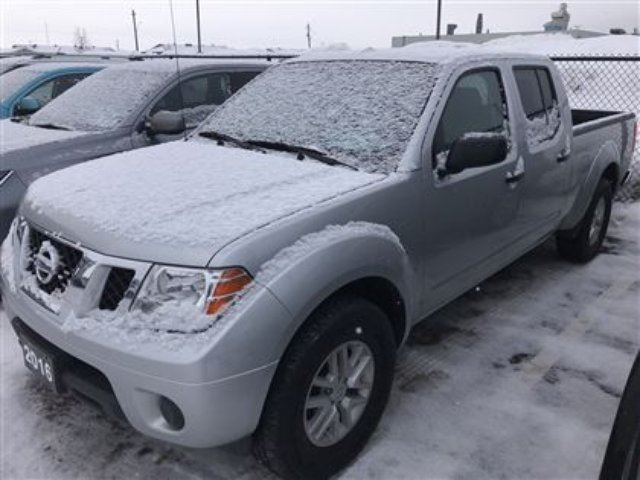 2016 NISSAN FRONTIER SV Crew Cab 4x4, More truck for the Buck! in Thunder Bay, Ontario