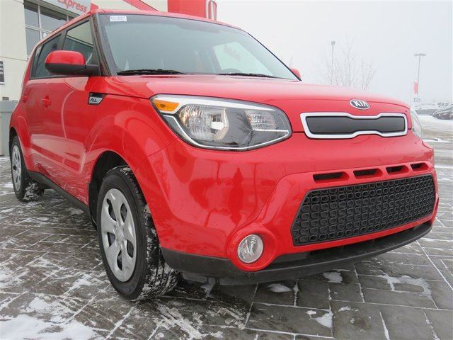 2016 KIA SOUL LX *No Accidents, Bluetooth* in Airdrie, Alberta