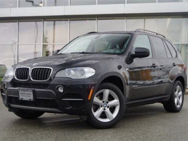 2012 BMW X5 Xdrive35i *Technology Package* in North Vancouver, British Columbia