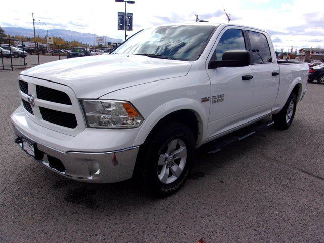 2016 DODGE RAM 1500 SLT 4x4 Crew Cab in Kelowna, British Columbia