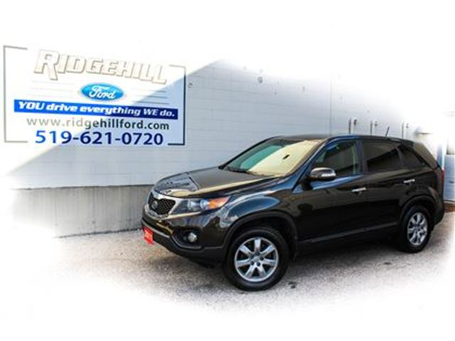 2011 KIA SORENTO LX  BLUETOOTH  HEATED SEATS  RARE MANUAL in Cambridge, Ontario