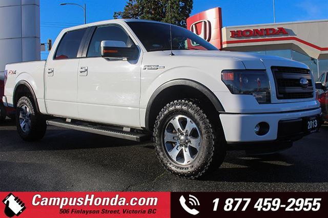 2013 FORD F-150 FX4 4WD SuperCrew 5.0L in Victoria, British Columbia