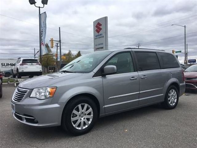 2013 CHRYSLER TOWN AND COUNTRY Touring ~P/Seat ~Full Stow N' Go ~RearView Camera in Barrie, Ontario