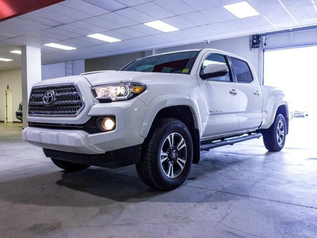 2017 TOYOTA Tacoma TRD SPORT, HEATED SEATS, SUNROOF, TOUCH SCREEN, BACK UP CAMERA, ALLOY RIMS, USB/AUX, BLUETOOTH, V6, 4X4, DOUBLE-CAB in Edmonton, Alberta