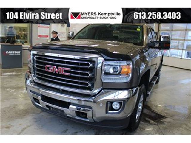 2015 GMC SIERRA 2500  SLT Heated and Cooled Leather Z71 in Kemptville, Ontario
