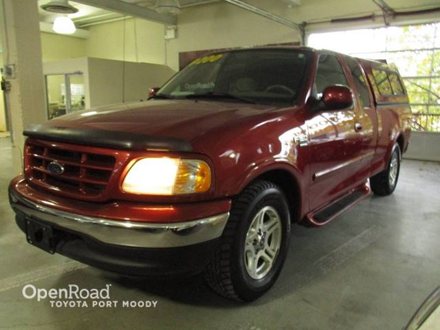 2003 FORD F-150 XLT 4X2 in Port Moody, British Columbia