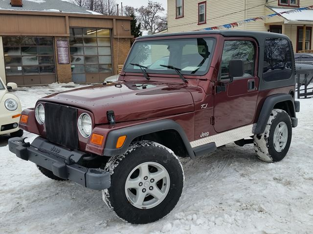 2002 JEEP WRANGLER TJ SE 4x4 5spd Hardtop/Softtop Convertible in St Catharines, Ontario