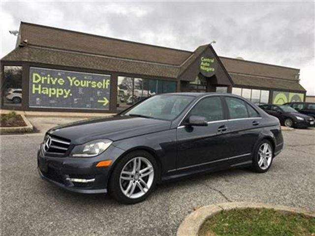 2014 MERCEDES-BENZ C-CLASS 300 / LEATHER / SUNROOF / AWD in Fonthill, Ontario