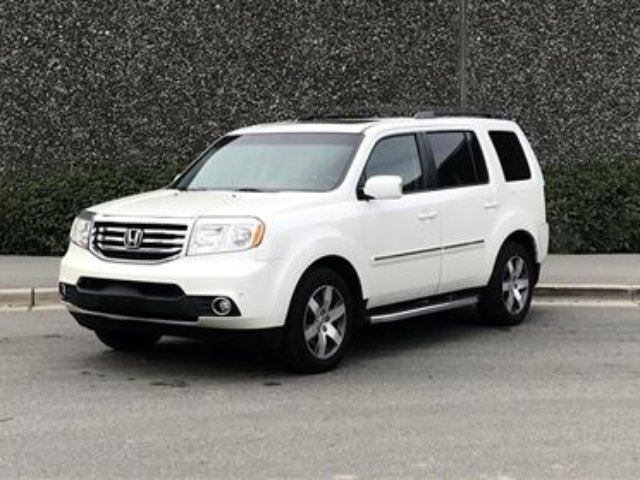 2014 Honda Pilot Touring 4WD 5AT *Loaded, Side Rails, Tow Hitch* in North Vancouver, British Columbia