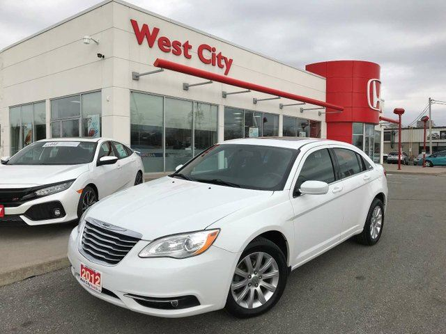 2012 CHRYSLER 200 TOURING,BLUETOOTH,NEW TIRES! in Belleville, Ontario
