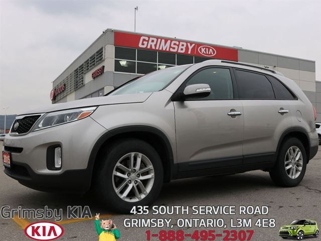 2015 KIA Sorento LX...ONE OWNER WONDER!!! in Grimsby, Ontario