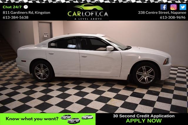 2013 DODGE CHARGER SXT- BACKUP CAM * UCONNECT * SUNROOF in Kingston, Ontario