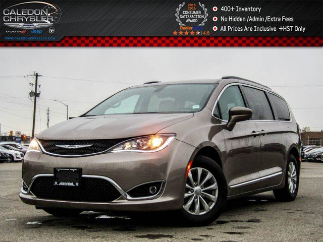 2017 CHRYSLER PACIFICA Touring-L Backup Cam Bluetooth Leather Blind Spot Detection R-Start 17Alloy in Bolton, Ontario