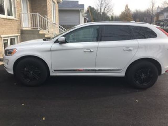 2017 VOLVO XC60 T6 Drive-E  AWD in Mississauga, Ontario