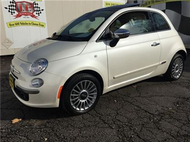 2012 FIAT 500 Lounge, Automatic, Leather, Sunroof, Only 6, 000km in Burlington, Ontario