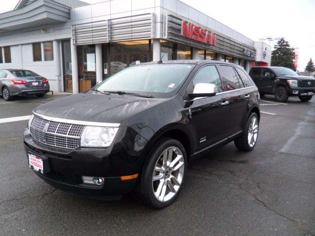 2010 LINCOLN MKX Base in Kamloops, British Columbia