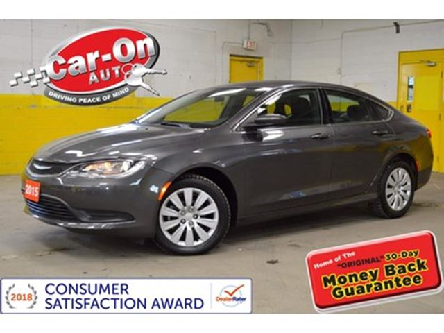 2015 CHRYSLER 200 Only 7,000 km AND LOADED. in Ottawa, Ontario