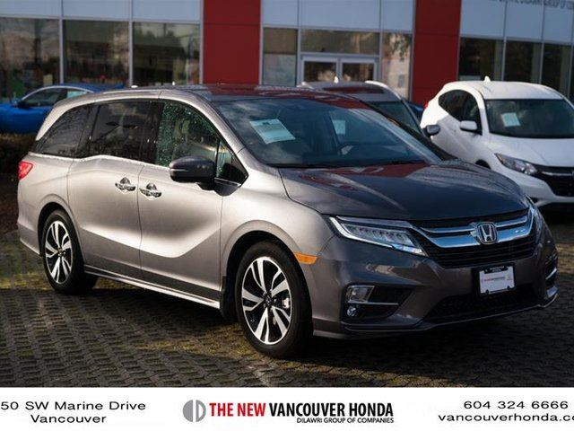 2018 HONDA Odyssey Touring in Vancouver, British Columbia