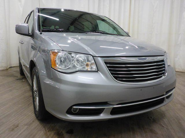 2013 CHRYSLER TOWN AND COUNTRY Touring-L in Calgary, Alberta