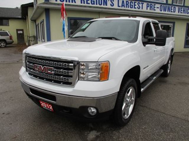 2012 GMC SIERRA 3500  1-TON - DIESEL LOADED SLT MODEL 5 PASSENGER 6.6 in Bradford, Ontario