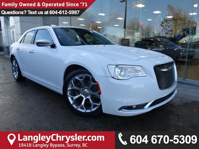2017 CHRYSLER 300 C *ACCIDENT FREE * DEALER INSPECTED * CERTIFIED * in Surrey, British Columbia