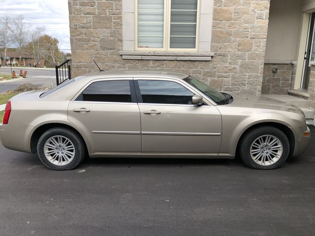 2008 CHRYSLER 300 4dr Sdn 300 Touring RWD in Mississauga, Ontario