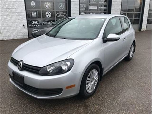 2013 VOLKSWAGEN GOLF heated seats, keyless 2 doors in Guelph, Ontario