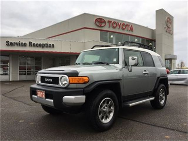 2012 Toyota FJ Cruiser OFF ROAD LOW KM! NEW TIRES EXT WARRANTY in Bowmanville, Ontario