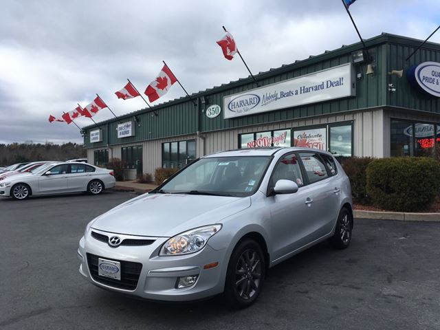 2012 HYUNDAI ELANTRA GLS Sport in Lower Sackville, Nova Scotia